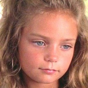 Little Jenny From Forrest Gump is a Bombshell Now - cover