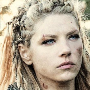 Why Lagertha From Vikings Looks So Familiar Zergnet