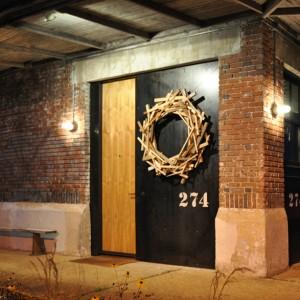 Run-Down Warehouse Converted into Stunning Home & Run-Down Warehouse Converted into Stunning Home - ZergNet