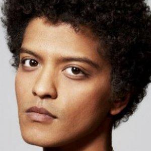 2d4dd28e8 Revealing Details About Bruno Mars - ZergNet
